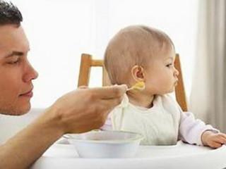 小儿厌食症是指长期的食欲减退或消失、以食量减少为主要症状,是一种慢性消化功能紊乱综合征,是儿科常见病、多发病,1~6岁小儿多见,且有逐年上升趋势。