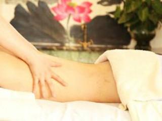 用推拿手法治疗骨折、脱肛、伤筋等病证的中医骨伤科主要外治法。