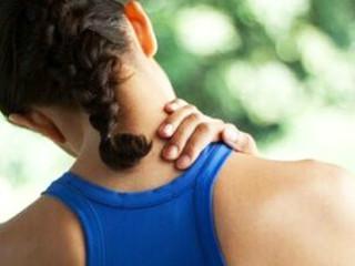 有助于改善颈部血液循环,促进炎症的消退,解除肌肉痉挛,减轻疼痛,防止肌肉萎缩。