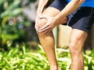 关节操属于有氧运动,简便易学,符合中老年人生理和运动的特点。