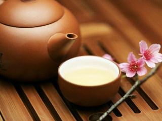 中老年人喝茶养生保健的奥秘