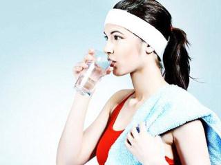 这样喝水更健康